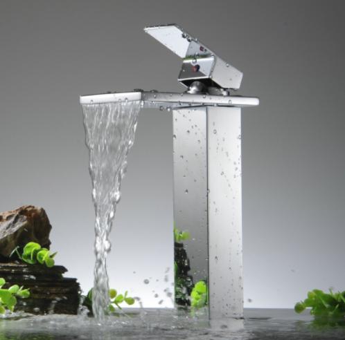 chromova-kupelnova-bateria-becola Dizajnové vodovodné batérie do každej domácnosti.